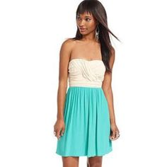 ✨FINAL PRICE✨  NWT CITY STUDIO dress! New with tags • two toned • side zip up • great elastic band detail at the back • sweetheart neckline • great pleat/drape detail at the bust • lined skirt on the inside City Studio Dresses Strapless