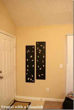 Space between studs for hallway, put on hindges to open and close easily. Diy Wall Art, Diy Wall Decor, Art Decor, Decor Ideas, Craft Ideas, Rooms Home Decor, Diy Home Decor, Decorative Wall Panels, Inexpensive Home Decor