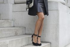 Saucy Glossie Uptown Leather Look