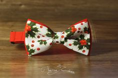 Holly Bowtie Christmas pattern Xmas bow tie New by BowTiesFactory