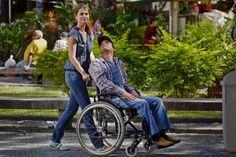 Gata e cadeirante testam preconceito nas ruas ~ PcD On-Line