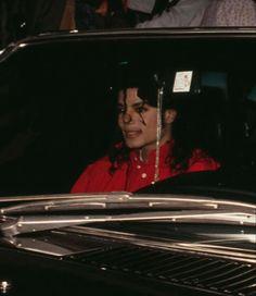 Michael Jackson Photoshoot, Michael Jackson Funny, King Of My Heart, King Of Hearts, Hee Man, Michael Jackson Wallpaper, King Of Music, Beautiful Person, Beyonce