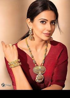 Rakulpreet singh Hot and sexy Indian Bollywood actress deshi models very cute beautiful seducing tempting photos and wallpapers with bikini. Beautiful Girl Indian, Beautiful Indian Actress, Bollywood Designer Sarees, Lovely Smile, Fashion Designer, South Actress, Beautiful Bollywood Actress, Indian Celebrities, India Beauty