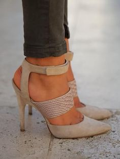 Sexy Hollow Bandage Stiletto High Heels