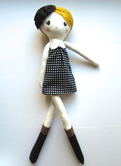 Custom Classic Cloth Doll by Mend par MendbyRubyGrace sur Etsy