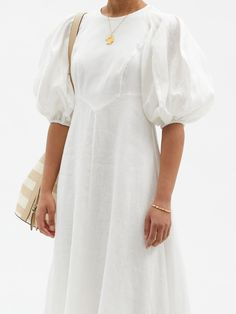 Haute Couture Looks, Robes Midi, Midi Dress With Sleeves, Elegant Dresses, White Linen Dresses, Fashion Line, Beautiful Gowns, Corsage, Pretty Outfits