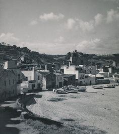 Detalle de la playa de Tossa de Mar   por Biblioteca Facultad de Empresa y Gestión Pública