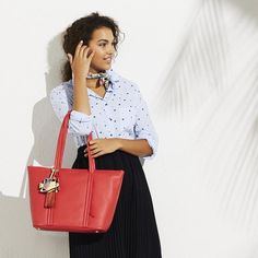 A bag that can take you from desk to drinks? Yes please!