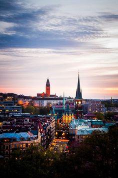 Gothenburg, Sweden. Re-pinned by #Europass. Do you want to visit this city? Take part into the #Europass contest: http://europass.cedefop.europa.eu/en/video-competition  Sweden Photography  Få adgang til vores hjemmeside Meget mere information   https://storelatina.com/sweden/travelling  #traveling #viagem