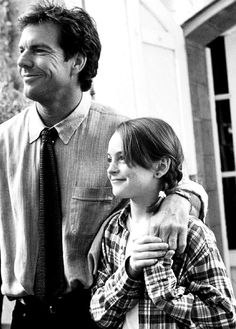 Dennis Quaid and Lindsay Lohan in The Parent Trap Love this film :) Lindsay Lohan, Movies And Series, Movies And Tv Shows, Walt Disney Pictures, Mean Girls, Beatles, Parent Trap, Call My Dad, Book Tv