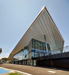 Margaret-Court-Arena-by-NH-Architecture-and-Populous-02