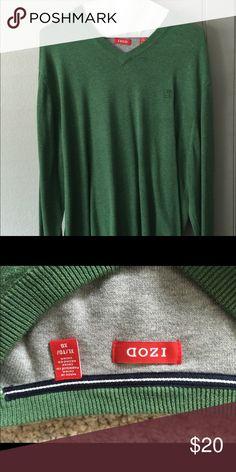 IZOD Men's XL shirt - NWOT NEVER WORN IZOD Men's XL shirt - NWOT NEVER WORN IZOD Sweaters V-Necks