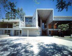 Alejandro Aravena - Facultad de Matematicas