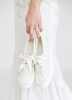 18 Stylish Kate Spade Wedding Shoes to Shine! #wedding #shoes #weddingshoes