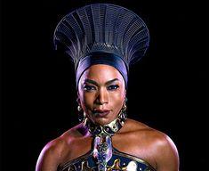 Dans le nouveau film Marvel Studio Black Panther, Angela Bassett est la reine Ramonda, la mère du souverain T'challa. Ce personnage à l'histoire complexe est capital pour l'intrigue: à la fois mère et femme meurtrie, elle est investie de la double-mission de préserver son royaume et les intérêts de son fils. Le 14 février 2018, …