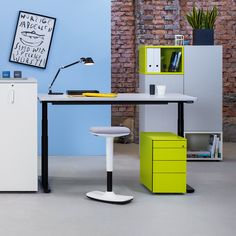 Movement promotes the creative process. Working with our sit-stand stool to-swift is even more agile. © hali GmbH Coworking Space, Swift, Easy, Stool, Creative, Design, Furniture, Home Decor, Modern Office Spaces