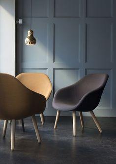 Mid Century Furniture for Modern Apartment - The Urban Interior Modern Furniture, Home Furniture, Furniture Design, Modern Chairs, Furniture Outlet, Furniture Stores, Antique Furniture, Decoration Bedroom, Deco Design