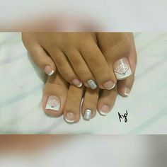 French Pedicure, Manicure And Pedicure, Pretty Hands, Toe Nail Designs, Nail Artist, Toe Nails, Polish, Makeup, Beauty