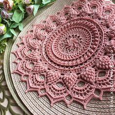 Crochet Rug Patterns, Crochet Mandala Pattern, Doily Patterns, Stitch Patterns, Crochet Potholders, Crochet Doilies, Thread Crochet, Knit Crochet, Crochet Carpet