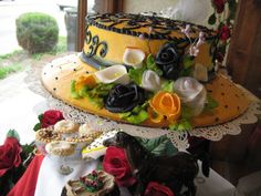 Birthday Ideas, Birthday Parties, Hat Cake, Rose Hat, Derby Party, Throw A Party, Baby Shower Cakes, Kentucky Derby, Amazing Cakes