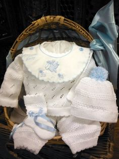 Confident White* With The Best Service Newborn/reborn Jacket+hat+booties Set Hand-crochet