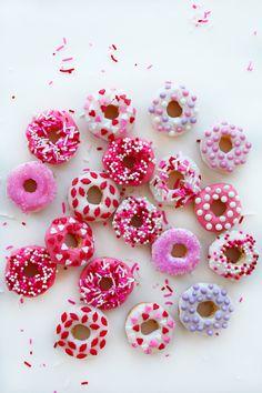 Mini donuts de San Valentín | valentine mini doughnuts #creativerecipes