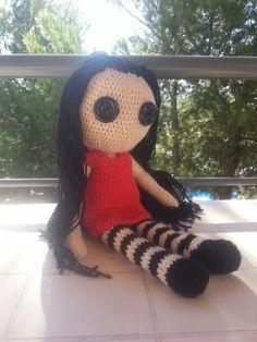 Doll poupée