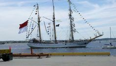 Baltimore Sailabration side show: Day 1 brought beautiful weather for the big ships.