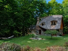 New York storybook cottage