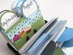 Birthday Calendar Rolodex-- LOVE IT.    Part of my New Year's resolution is to get better about remembering friends and family's birthdays.  I think something like this would work:)