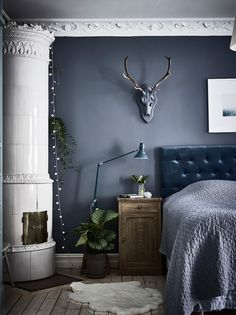 12 Dark Interiors Done Right Bedroom Interior Bedroom Decor Blue Bedroom Decor, Home Bedroom, Bedroom Wall, Bedroom Furniture, Master Bedroom, Tranquil Bedroom, Navy Blue Bedrooms, Bedroom Sets, Scandinavian Bedroom