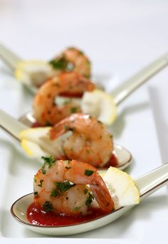 herbed roasted shrimp & a little cocktail sauce to spice up your night//