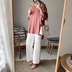 Modern Hijab Fashion, Muslim Fashion, Minimal Fashion, Modest Fashion, Fashion Outfits, Fashion Muslimah, Minimal Style, Minimal Classic, Simple Style