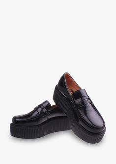 This item is shipped in 48 hours, included the weekends. Having a date with your girl friends and want to wear decent, but do not want to be tired out of wearing high heels? Then this is the shoes jus