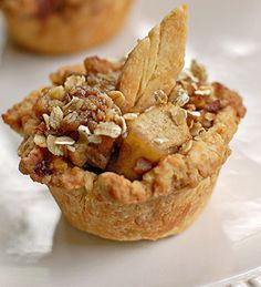 mini apple crisp/tart like the leaf