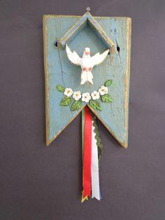 Altar, Stencils, Christmas Ornaments, Diy, Holiday Decor, Crafts, Tattoo, Design, Home Decor