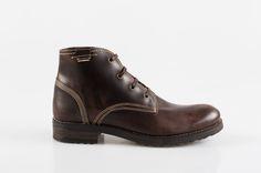 Ghete din piele naturala Dr. Martens, Combat Boots, Shoes, Fashion, Moda, Shoes Outlet, Fashion Styles, Combat Boot, Shoe