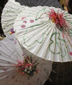 Parasols for a summer wedding