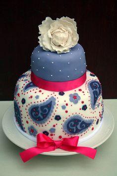 Paisley cake with sugar peony Gorgeous Cakes, Pretty Cakes, Cute Cakes, Amazing Cakes, Unique Cakes, Creative Cakes, Fondant Cakes, Cupcake Cakes, Paisley Cake