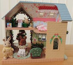 Sylvanian Families Decorated Christmas House/Lodge Furnished + Rabbit Figures | eBay