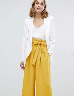 Buy River Island Double Breasted Tailored Blazer at ASOS. Get the latest trends with ASOS now. Couture Mode, Couture Fashion, Formal Wear Women, Neue Outfits, Elegantes Outfit, Evening Dresses, Formal Dresses, Dressy Outfits, Work Fashion
