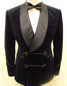 Double breasted and frogged smoking jacket with silk shawl-collar. #SmokingJacket