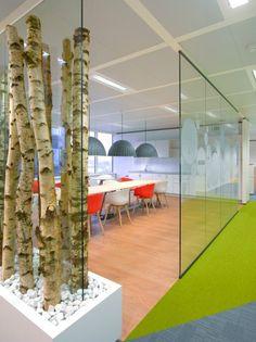 Admos' kantoor projecten met HAY...