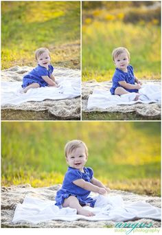 blankets and nice grassy background Holiday Pictures, Fall Pictures, Fall Family Portraits, Family Photos, Outdoor Photography, Photography Ideas, Baby Girl Photos, Children Photography, Family Photographer