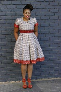 Black-White Polka Dot Pleated Formal Plus Size Short Sleeve Party Banquet Midi Dress African Formal Dress, Short African Dresses, African Lace Styles, African Print Dresses, African Attire, African Fashion Ankara, Latest African Fashion Dresses, Chitenge Dresses, African Fashion Traditional