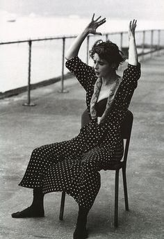 isabella rossellini • dolce & gabbana fw 1989 • photo: steven meisel • via the poetry of material things