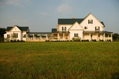 Horse Farm - traditional - exterior - nashville - by Eric Stengel Architecture, llc Farmhouse Plans, Farmhouse Design, Farmhouse Style, Farmhouse Addition, Farm Plans, Sunroom Addition, Guest House Plans, Ranch House Plans, Guest Houses