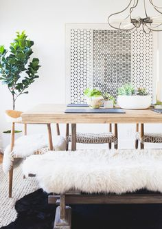 7 Beautiful Bohemian Dining Rooms We Love | Sitting Area, Statement Jewelry  And Vintage Leather