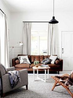 Modern Looks for Leather Sofas