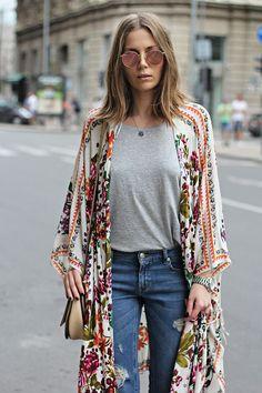 I'm liking these kimono type things.
